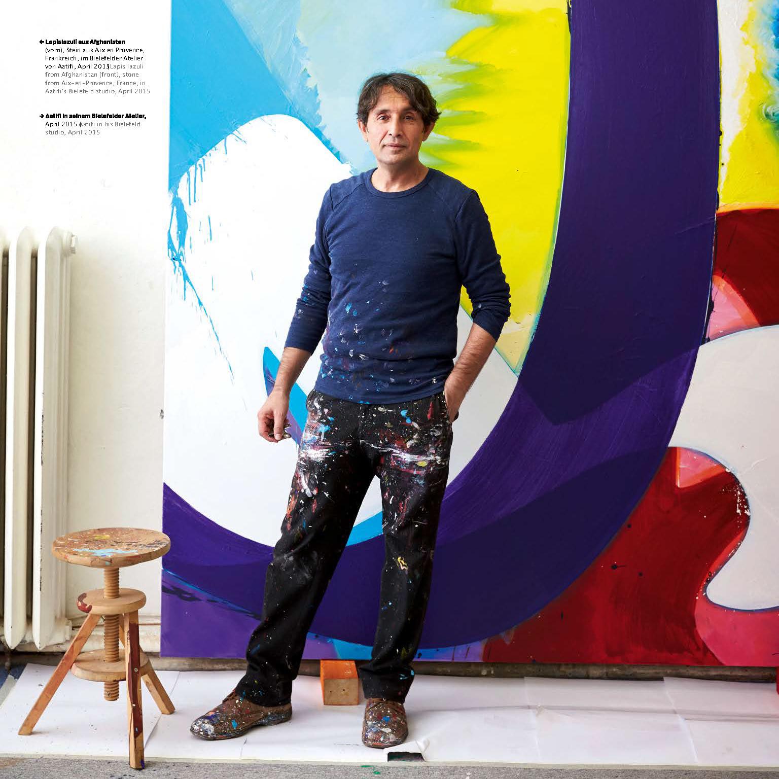 Kunstkatalog - Der Maler Aatifi in seinem Atelier